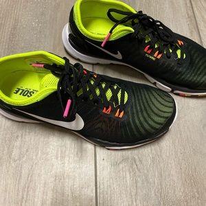 Nike fitsole women's sneakers size 71/2